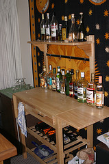 Tips on Having an Eco-Friendly Home Bar in Your Mississauga Rental